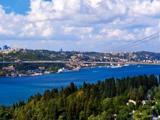 Bosphorus Cruise and Asia Tour